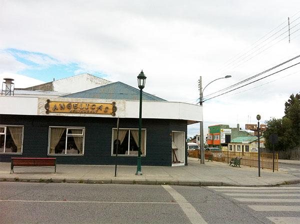 Restaurante da Angelica em Puerto Natales, Chile. Foto: Amandina Morbeck.