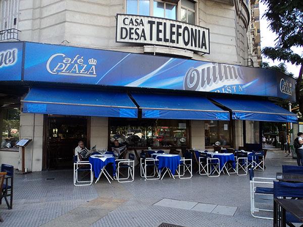Fachada do Café Plaza, Buenos Aires, Argentina - Foto: Amandina Morbeck.
