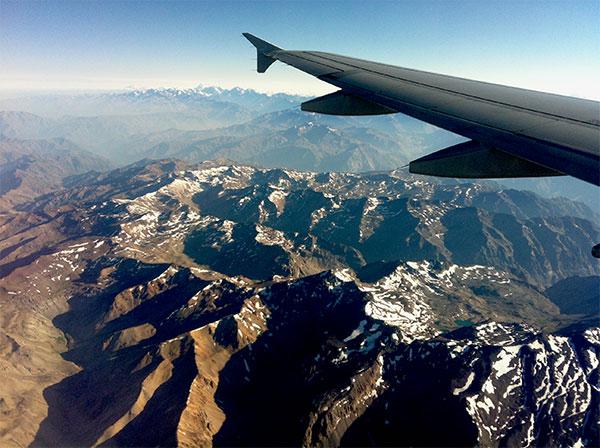 Sobrevoanda a Cordilheira do Andes a caminho de São Paulo - Foto: Amandina Morbeck.