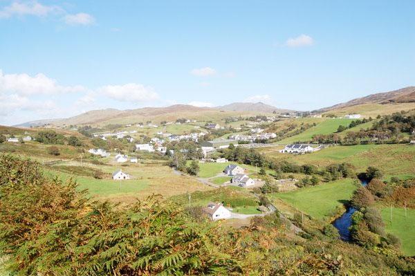 Kilcar, Donegal, Irlanda - Foto: Reprodução Donegal Cottage Holidays - Nunca vi um brasileiro antes - www.viajandocomaman.com.br