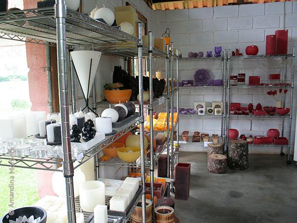 Um pouco do espaço e dos produtos à venda - Foto: Amandina Morbeck.