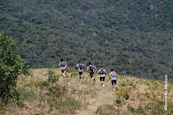 Atletas da Kailash no Refúgio Serra Fina - Foto: Amandina Morbeck.