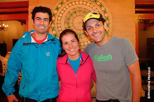 O atleta Rafael Campos e os diretores da Kailash, Patricia Hofmeister e Tani Oreggio - Foto: Amandina Morbeck.