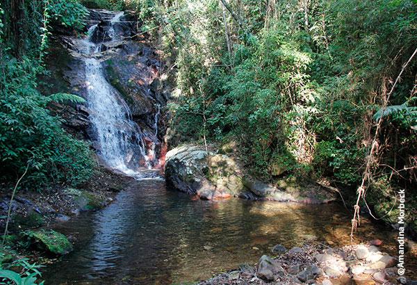 Cachoeira do Nico, que fica a 20 minutos de caminhada do refúgio - Foto: Amandina Morbeck.