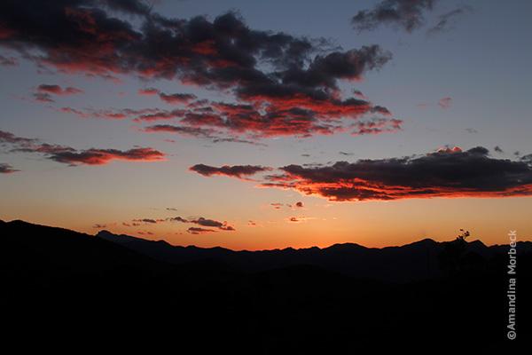Por do sol no Refúgio Serra Fina - Foto: Amandina Morbeck.