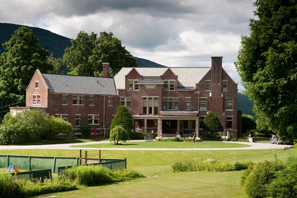 O Wilburton Inn fica a apenas 1h de carro do Castle Hill, no belo estado de Vermont - Foto: Reprodução.