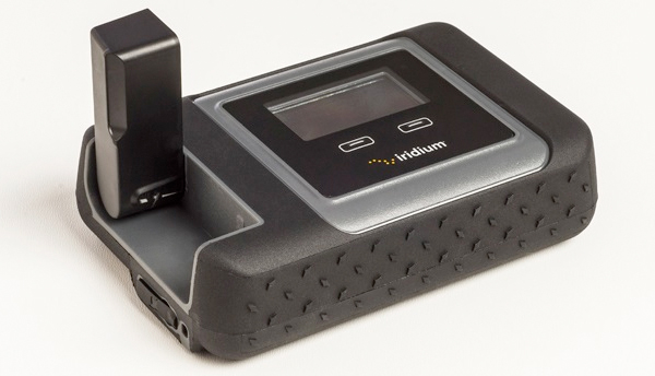 O roteador portátil Iridium Go! tem apenas 10 cm x 3,2 cm e permitirá acesso à internet em qualquer lugar do planeta..