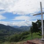 Via sacra da sexta-feira santa na Pedra do Cruzeiro em Gonçalves (MG)