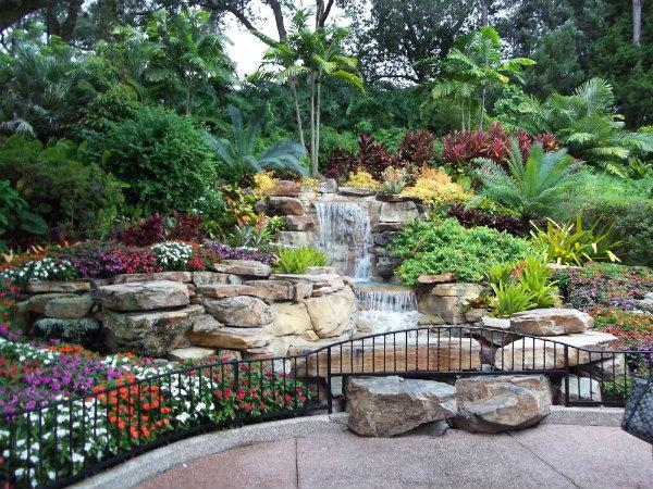 Um dos jardins do Busch Gardens - Foto: Rodrigo Duzzi.