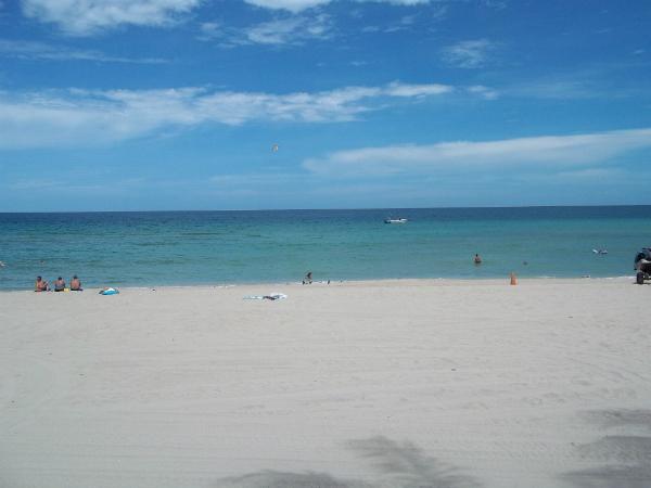 Praia em Fort Lauderdale - Foto: Rodrigo Duzzi.